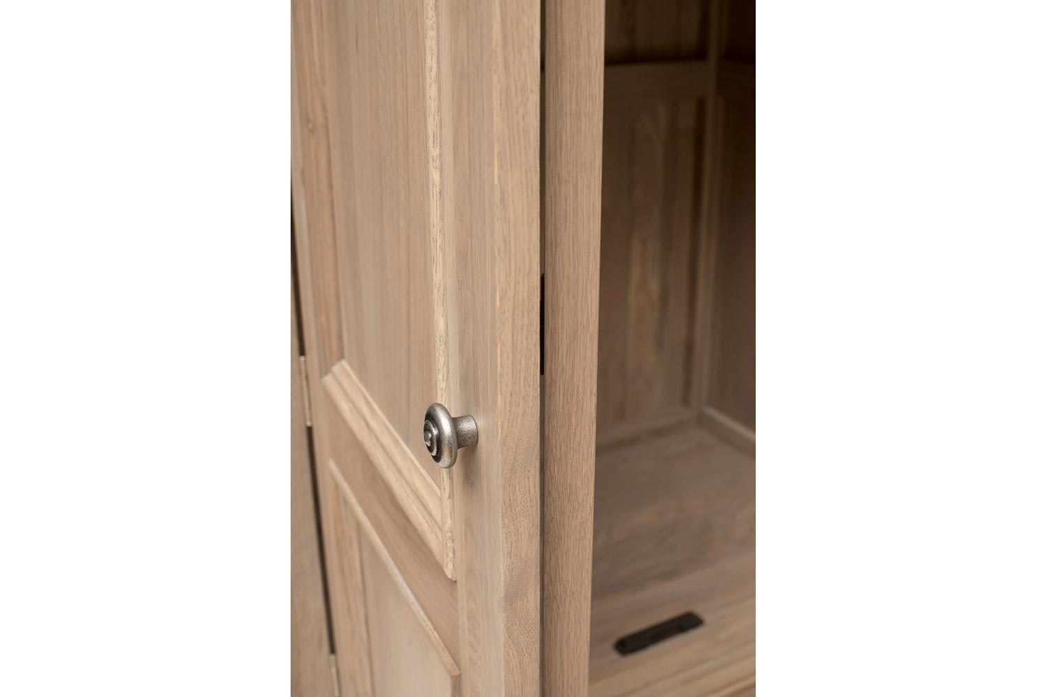 Hunter Robe 2 Door|2 Drawer | Smoked Oak