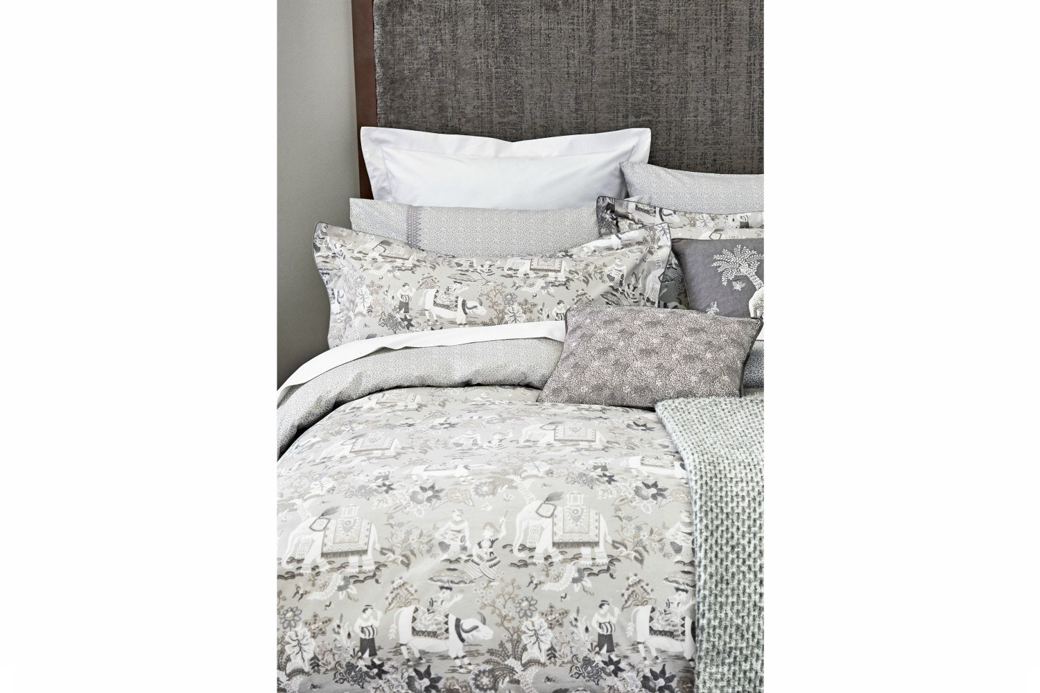 Journey Duvet Cover | Super King | Grey