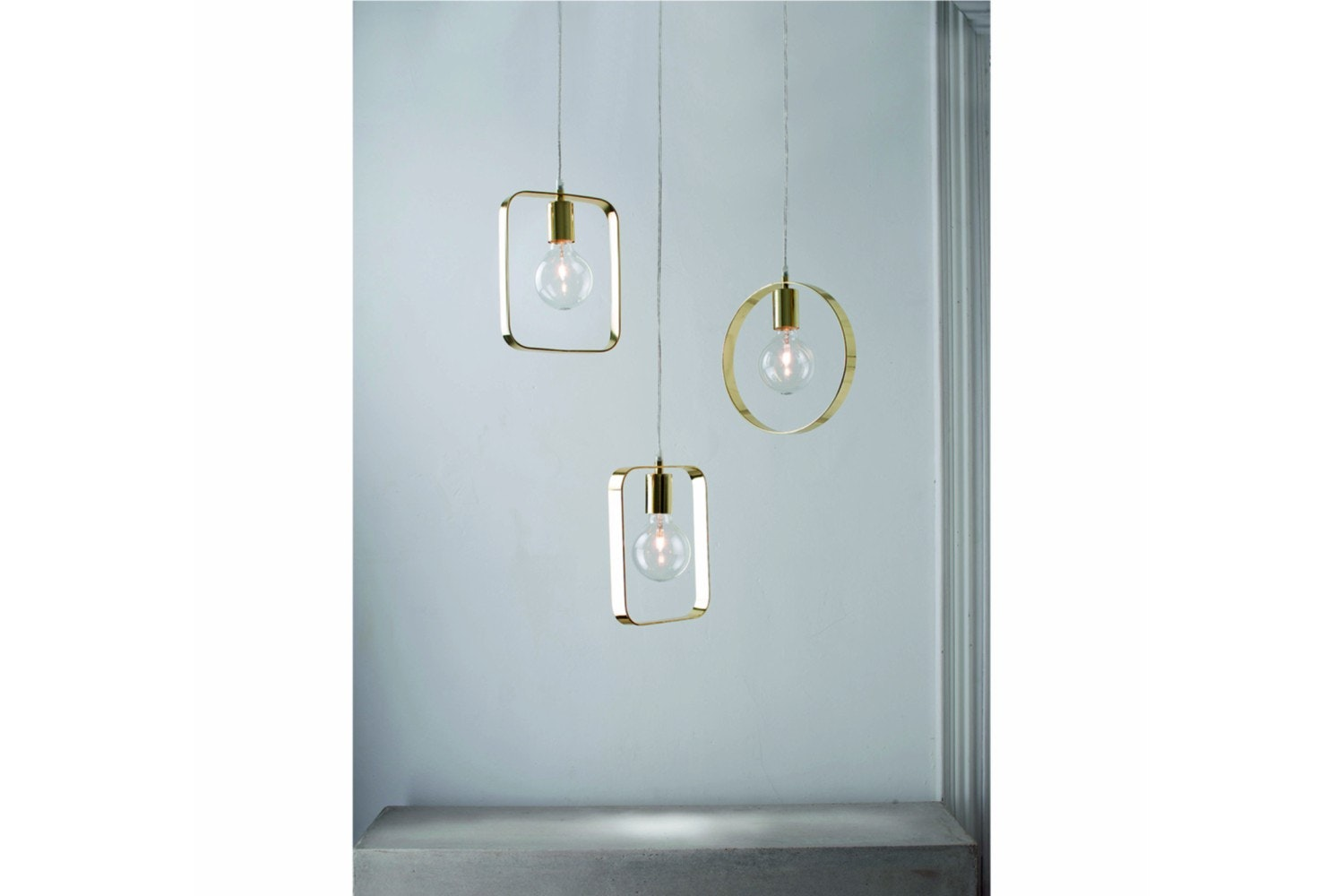 Assorted Rectangular and Round Hanglamp in Gold Metal