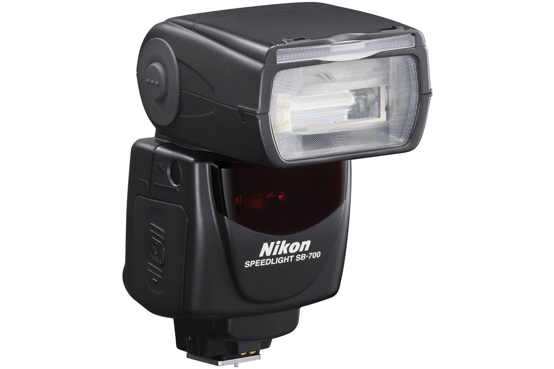 Nikon Speedlight SB-700 Flash