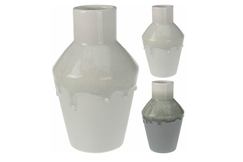 Vase With Crack Design